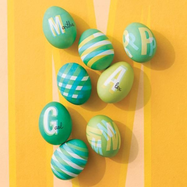 nombres en huevos de pascua